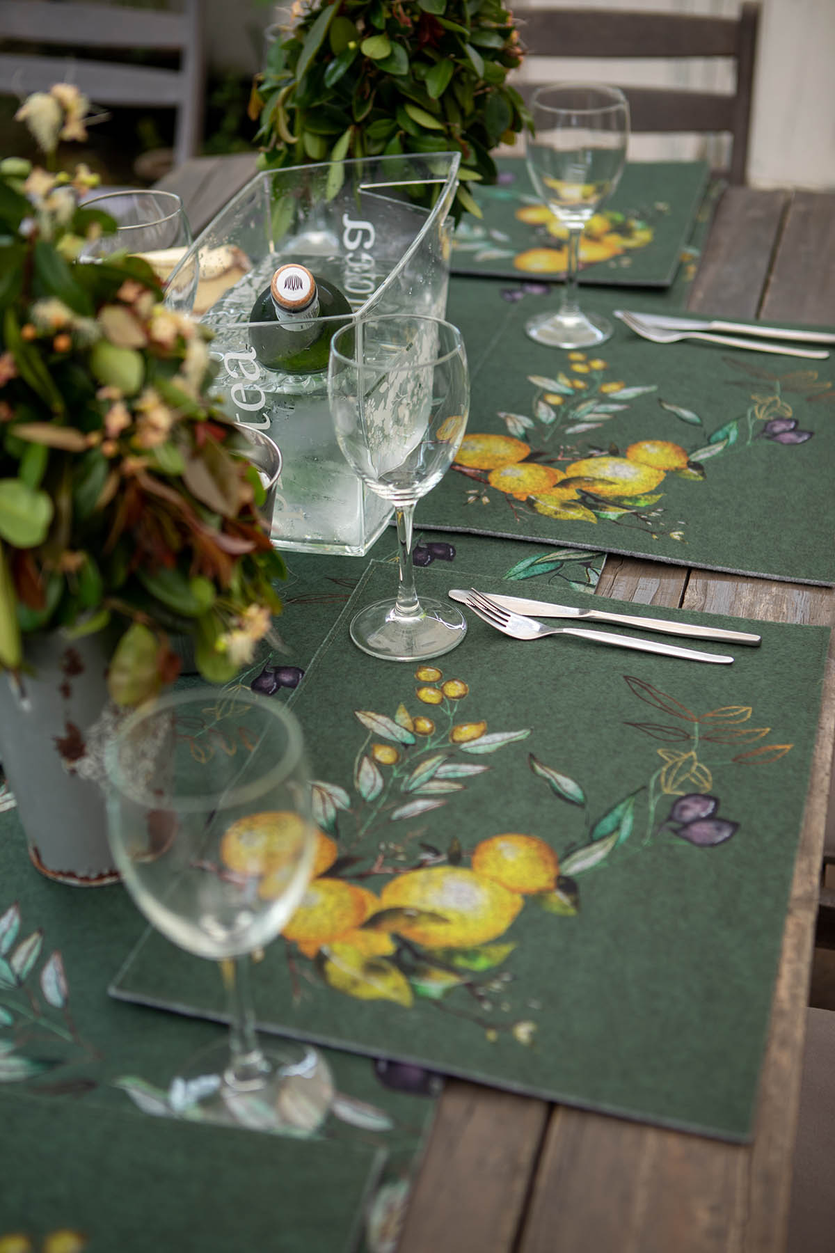 Pritty Awesome Hand Painted Watercolour Art applied to Kitchen Range